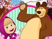 Маша и Медведь развлекаются